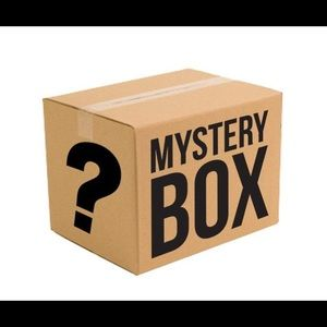 Clothing and shoe mystery box